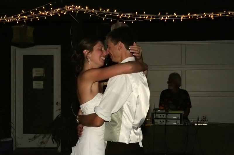 2233 Rosalie-and-Bryan Wedding Day 091209